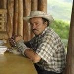 Kaffeebauer beim Mittagessen in der Kaffeezone in Kolumbien