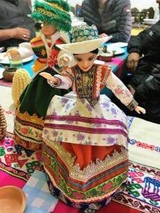 Peruanische Barbie-Puppe