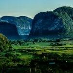 Kalksteinhügel im Viñales-Tal auf Kuba