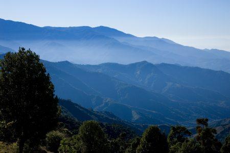Costa Ricas höchster Berg Cerro de la Muerte im Dunst