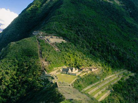 archäologische Stätte Choquequirao in den peruanischen Anden